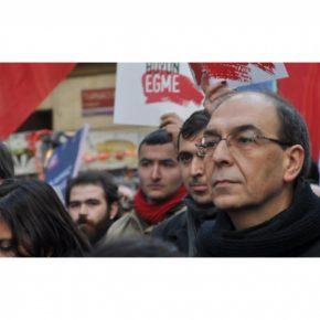 Турции пришло время платить за дружбу с США - лидер турецкой Компартии Гюлер
