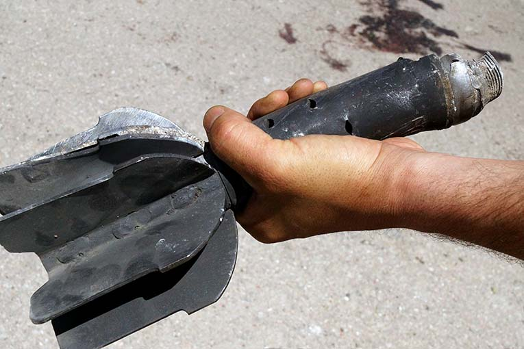 О Сирии. На школьный двор во время перемены падает снаряд…